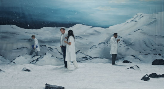 Ragnar Kjartansson, Figures in Landscape, a time piece, 2018. Video, 168 hours. Commissioned by the Danish Building and Property Agency for the Faculty of Health, University of Copenhagen. Courtesy of the artist, Luhring Augustine, New York and i8 Gallery, Reykjavik